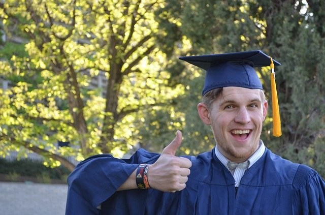 veselý absolvenst