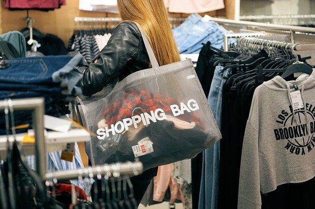 nakupování oblečení